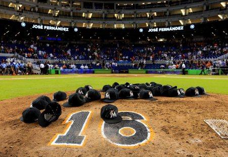 2016-0926-Miami-Marlins-Jose-Fernandez-tribute-.jpg